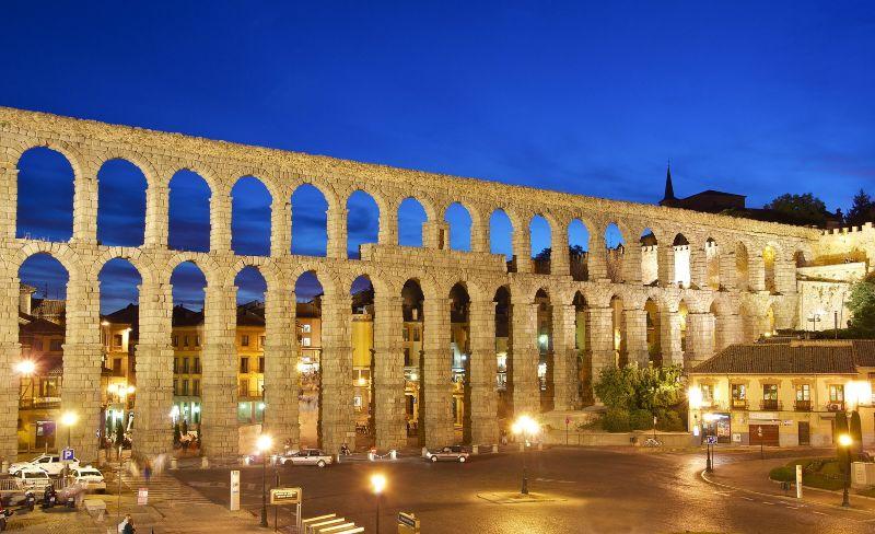 Aqueduct_Segovia_Anda_Reisen