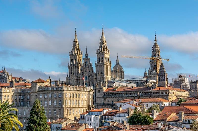 Santiago_de_Compostela_Anda_Reisen